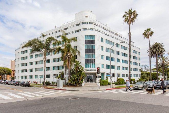 Hotel Shangri-La Santa Monica / Oyster