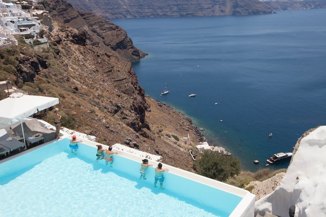 Pool im Andronis Luxury Suites / Oyster