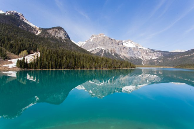 Emerald Lake Lodge / Auster