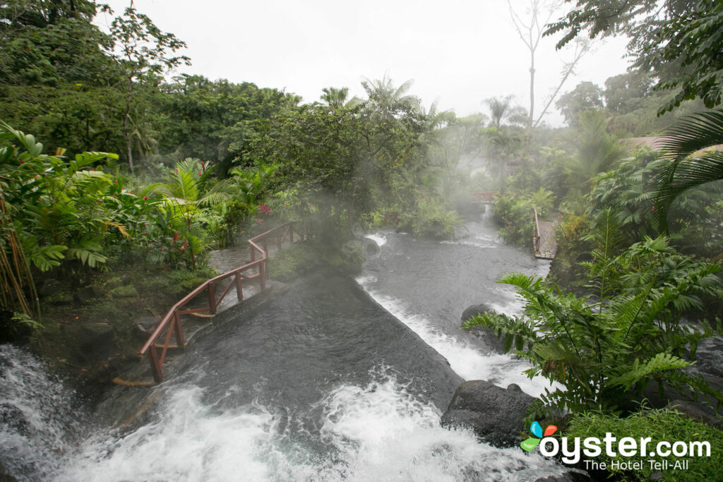 Hot Springs a Tabacon Grand Spa Thermal Resort / Oyster