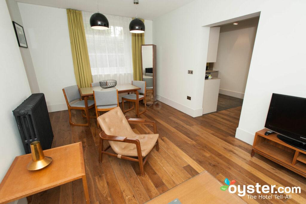 El apartamento de dos dormitorios en el hotel Town Hall / Oyster