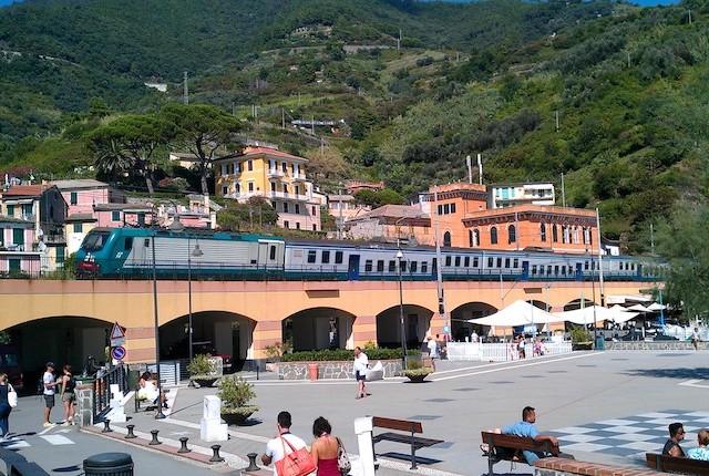 Italienischer Zug;  Tania Sona Smith / Flickr