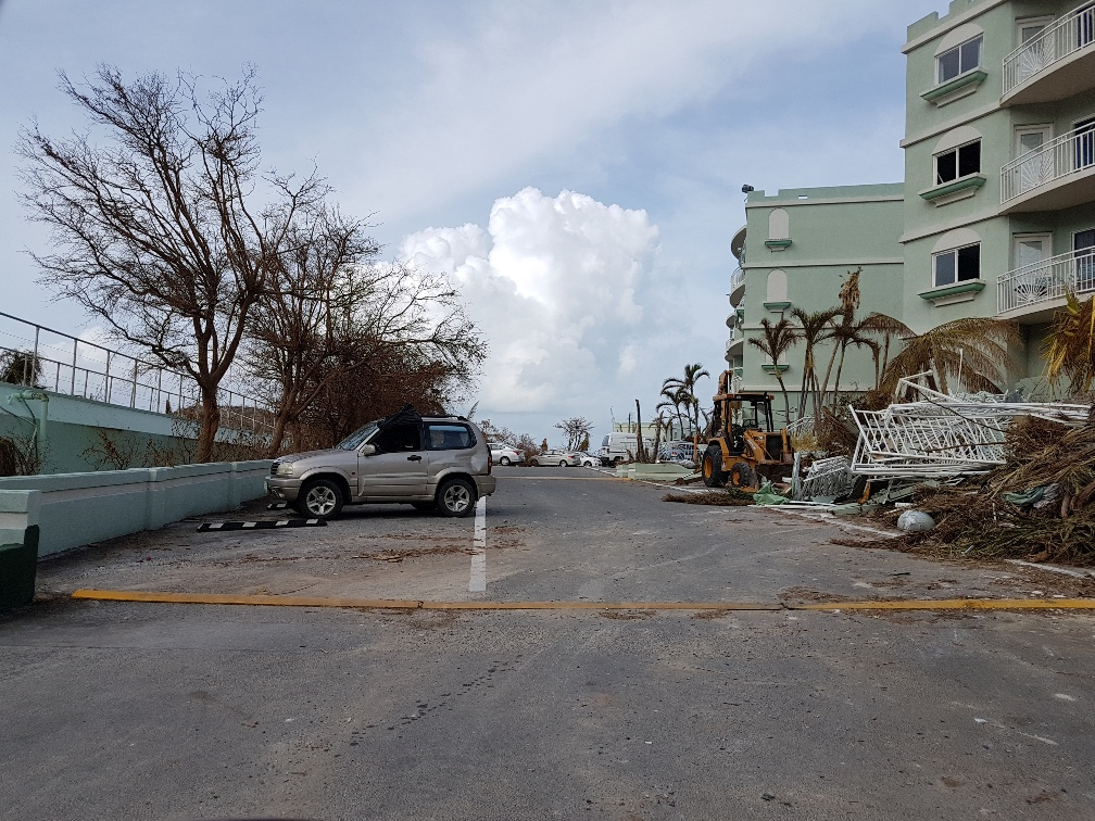 Bay Oyster Beach Damage Resort