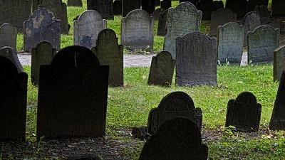 Cemetery--graves-jpg_20160202164703-159532