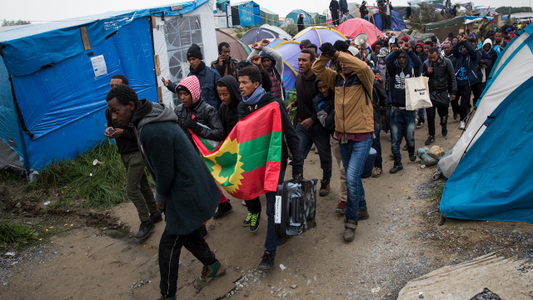 Everything to Know About the Calais -Jungle- Closure_23290220-159532