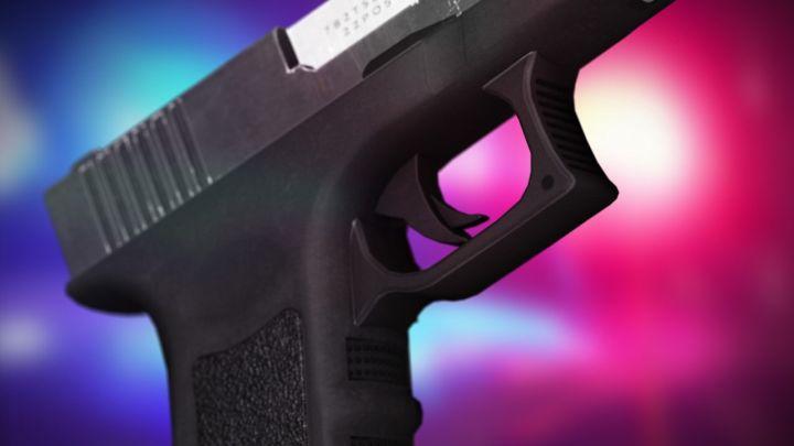 gun crime shooting_1483367994384.jpg