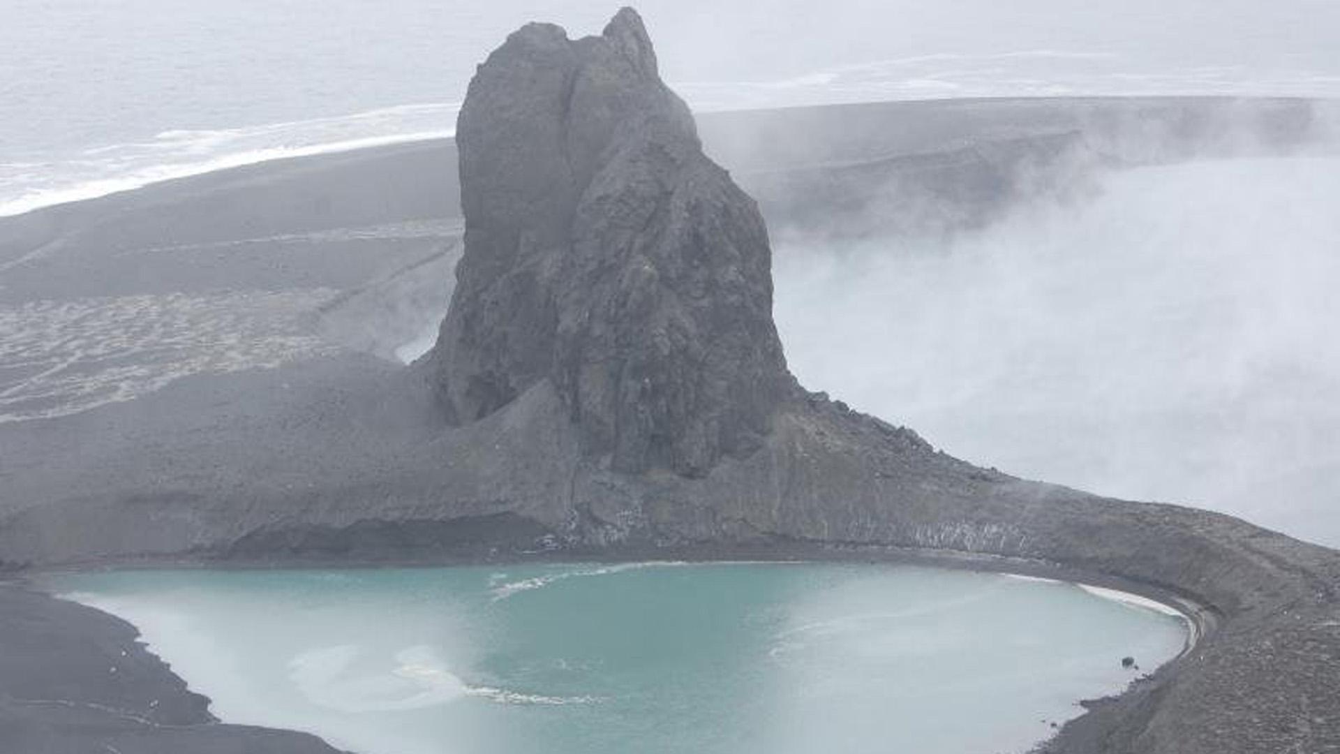 volcano_1496053603209-159532.jpg07793426