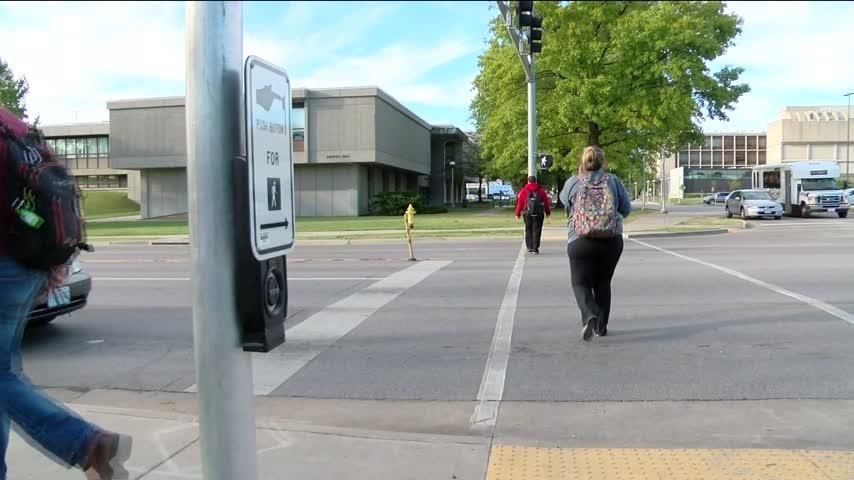 Council Hears Pedestrian Safety Study_07677887