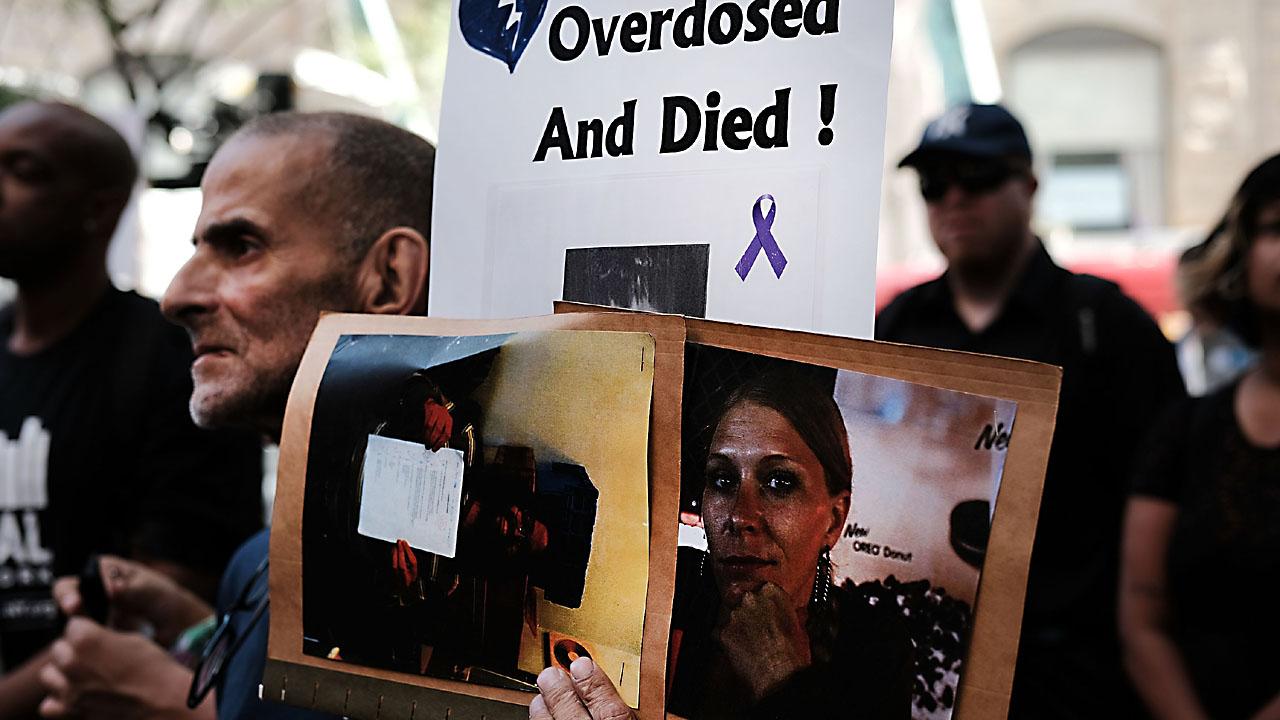 opioid deaths15671434-159532