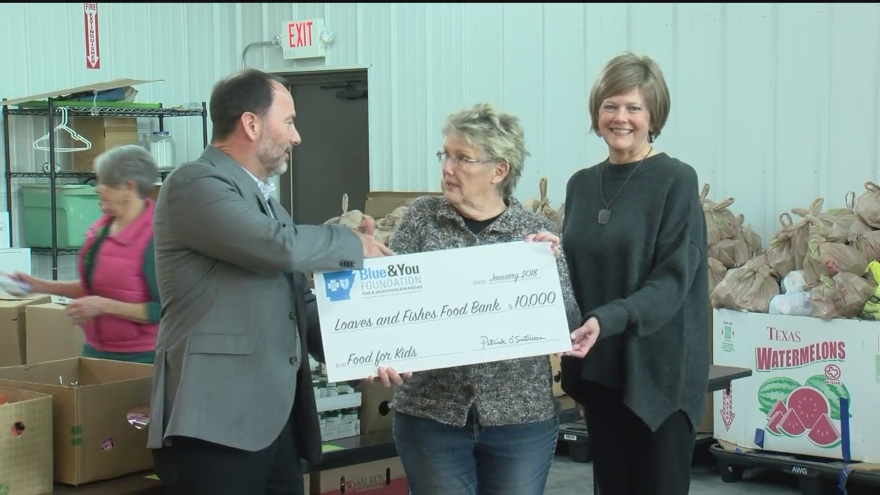 Arkansas_Food_Bank_Receives_Bountiful_Gr_0_20180111000719