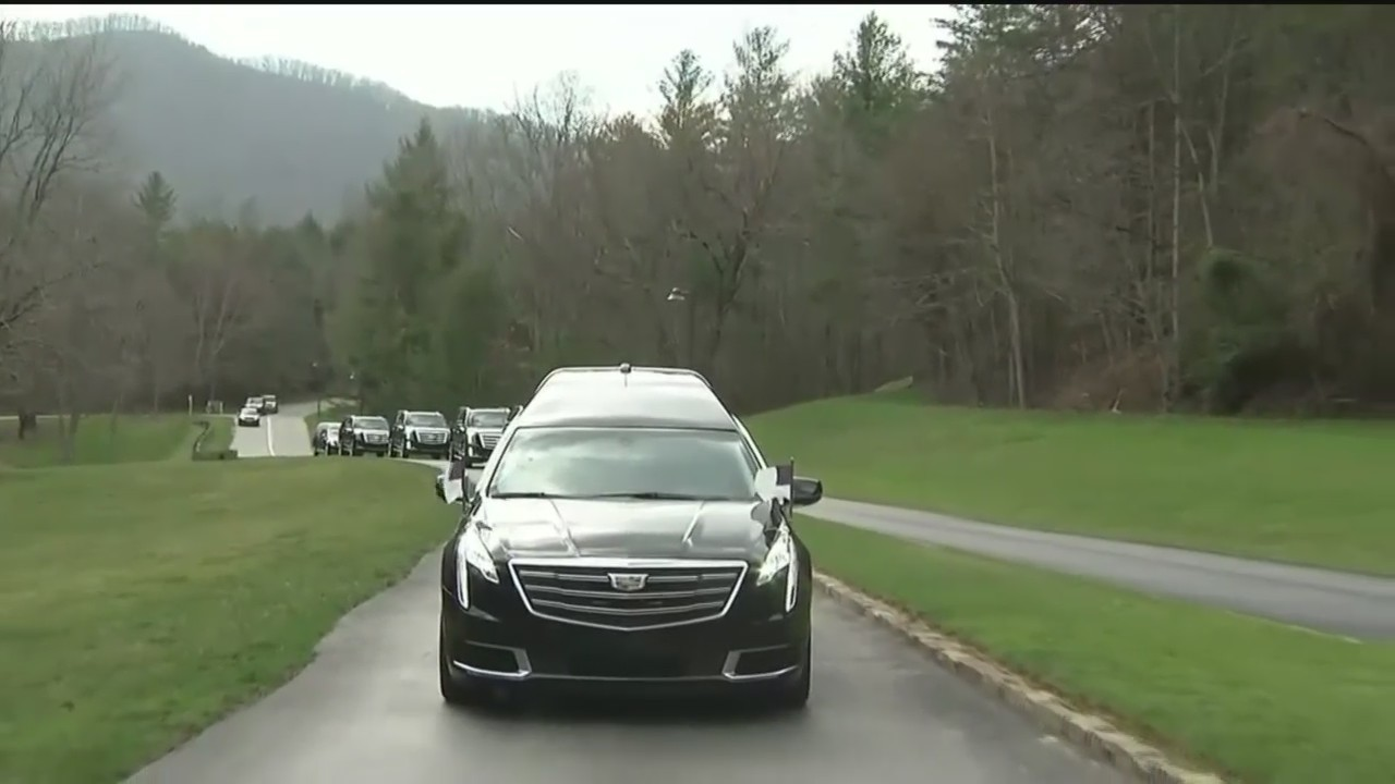 Billy_Graham_s_Body_Returned_to_Hometown_0_20180225042102