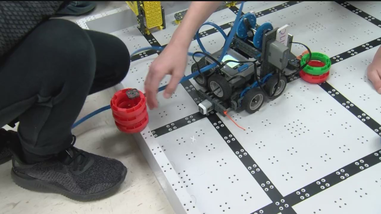 Alpena_Students_Compete_in_World_Robotic_0_20180320231759