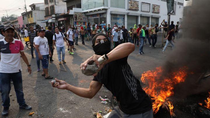 VENEZUELA RIOTS_1550949109325.jpg.jpg