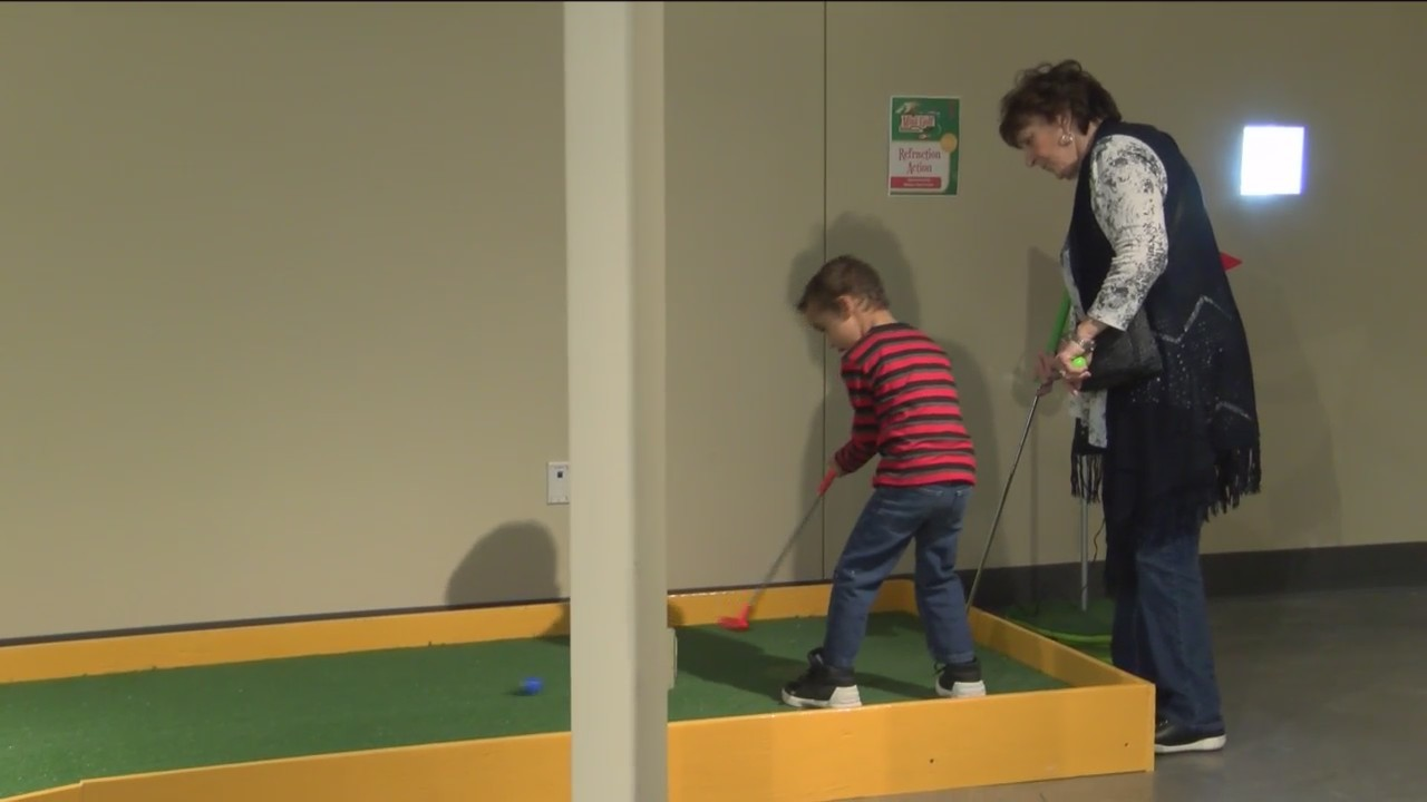 Discovery_Center_Opens_New_Mini_Golf_Cou_0_20190401021126