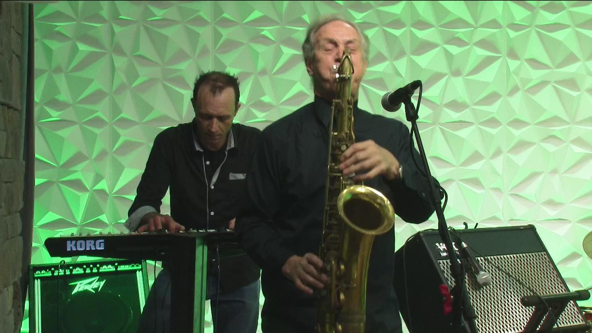 Everybody's Rockin Tonight - The Eddie Valen Band - 4/19/19