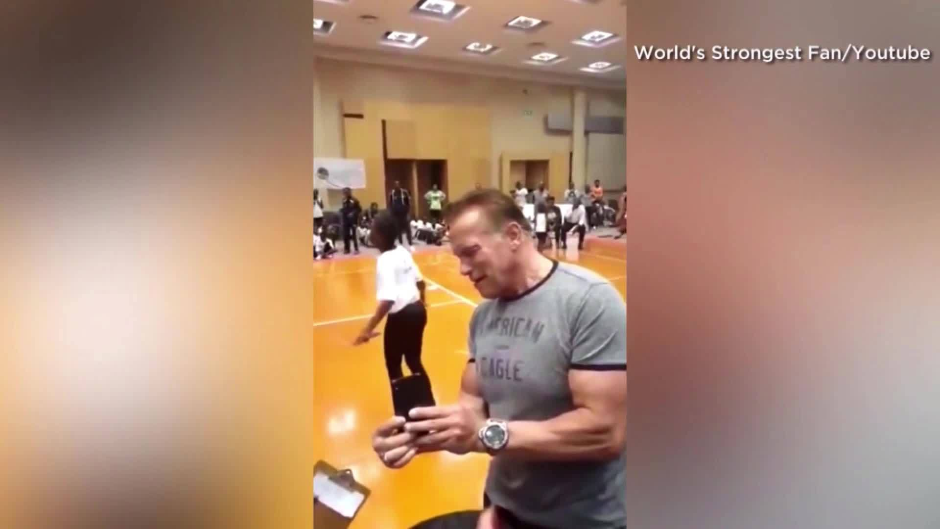 CAUGHT_ON_CAMERA__Video_shows_Arnold_Sch_1_20190519204713