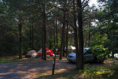 Photograph of campsite 27, Big Bay Campground, Table Rock Lake Missouri