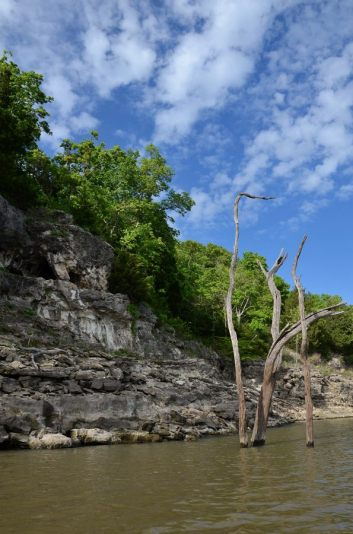 The bluffs at Berry Bend are very nice, well worth investigating and promise some good fishing too