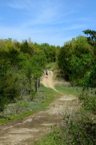 Hiking along the ridge on the Silver Trail at Busiek State Forest and Wildlife Area