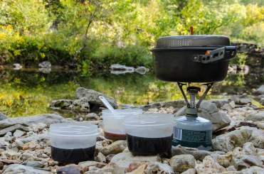 MSR Pocket Rocket & GSI Pinnacle 1.5 Liter pot - Morning coffee and hot chocolate by Long Creek