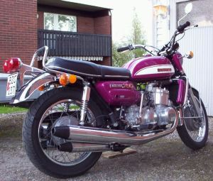 Suzuki GT750 triple watercooled