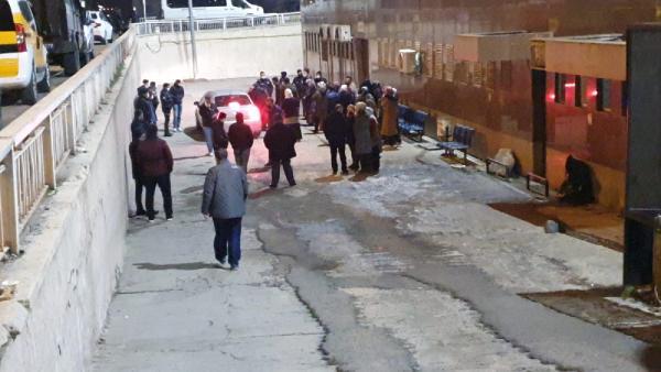 Sitede aidat kavgası: 1 ölü, güvenlik görevlisinin de aralarında bulunduğu 3 yaralı