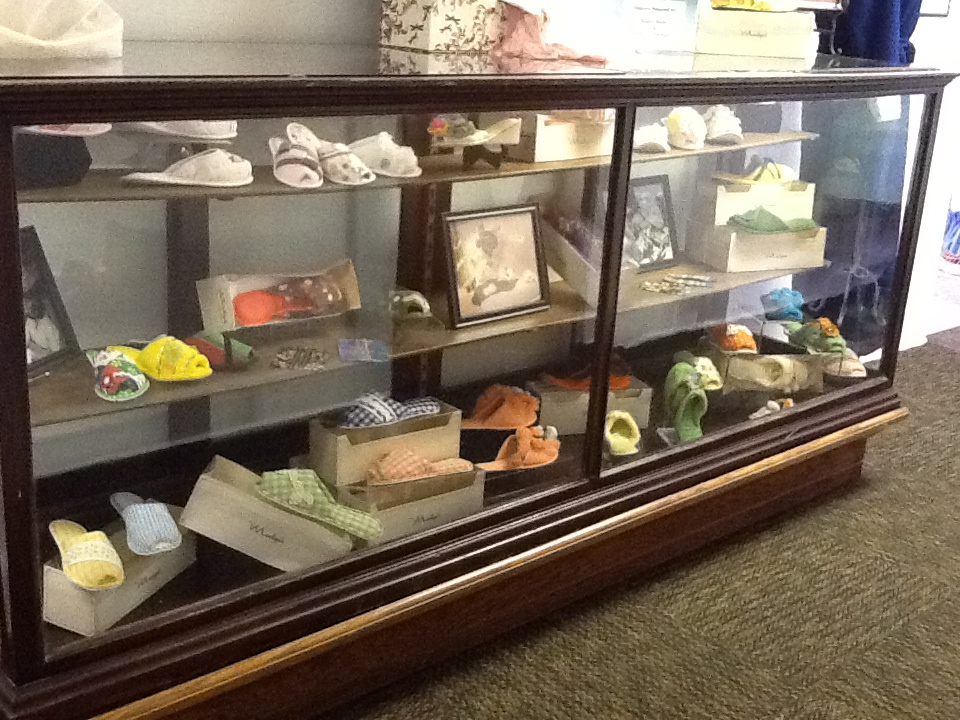 madye-slipper-exhibit (3)