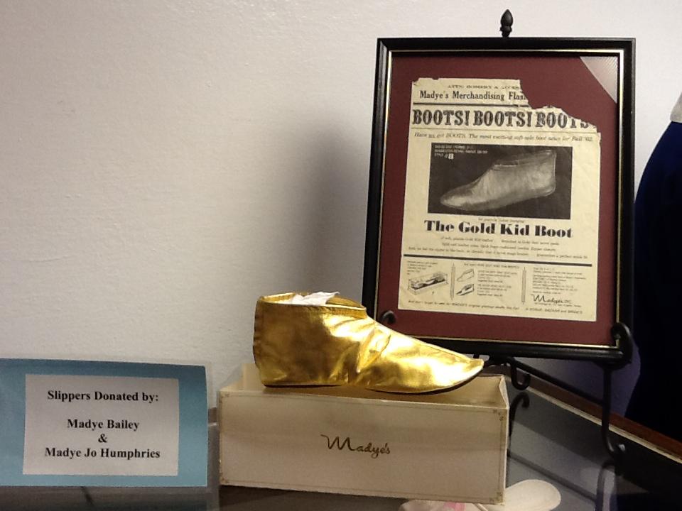 madye-slipper-exhibit (4)