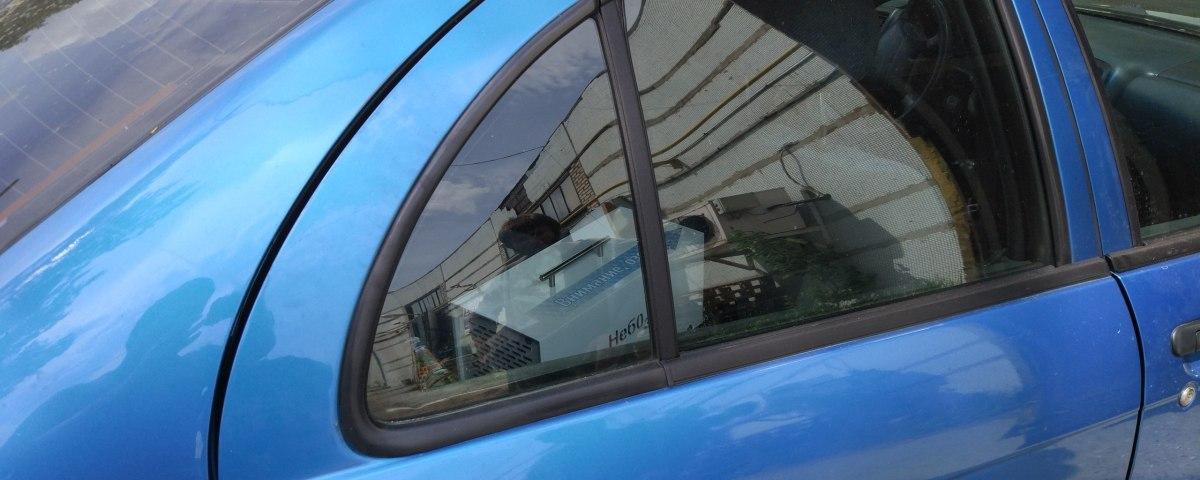 неприятный запах в машине и озон