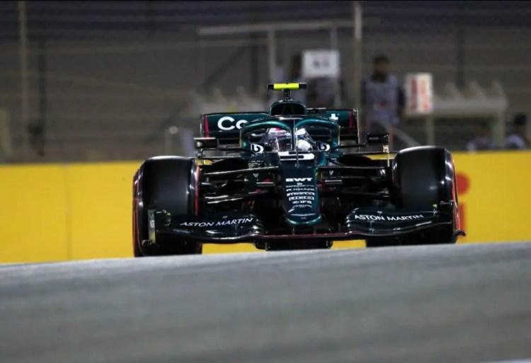 F1   GP Bahrain 2021: +5 per Vettel in griglia per doppie gialle non  rispettate (ma non ancora attive) in Q1   P300.it