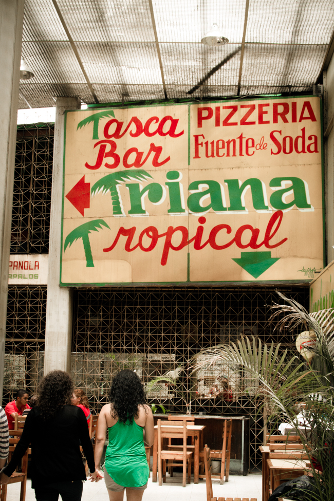 Triana Tropical