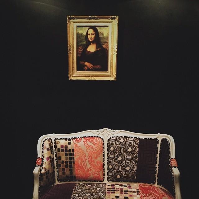 Gioconda y sofá