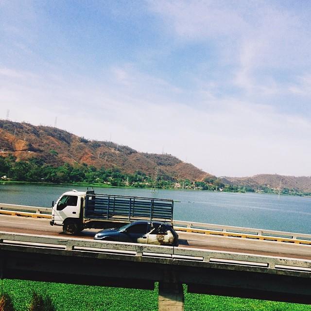 Viaje y lago