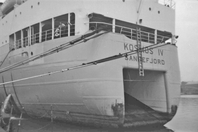 """Kosmos IV"" at Immingham Aug 63 DMB106 David Ford"