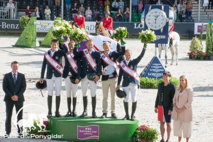 Zweedse springruiters triomferen in landenwedstrijd Rotterdam