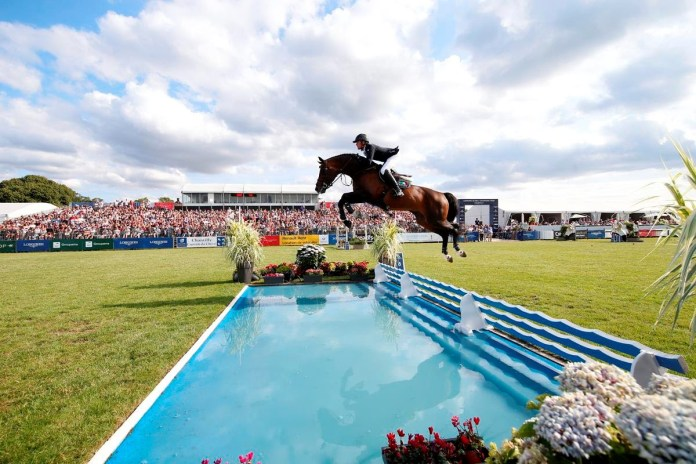 Darragh Kenny wint GP Chantilly