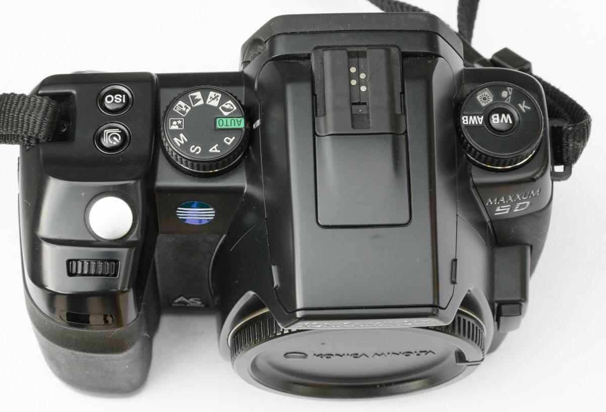 Minolta Dynax 5D - bovenkant