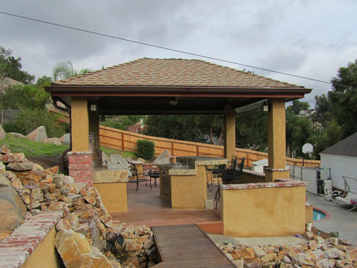 cortes-outdoor-kitchen-1
