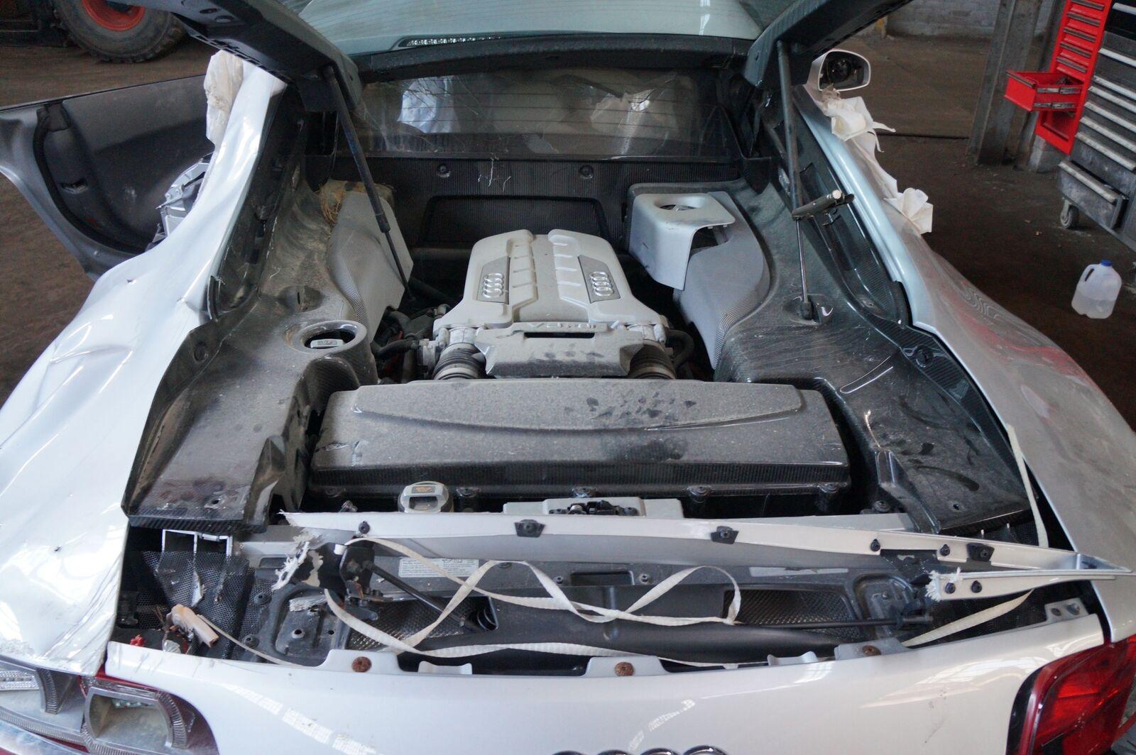 Battery Fuse Box Block Cut Off Switch 420937548a 4f0915519 Audi R8 S5