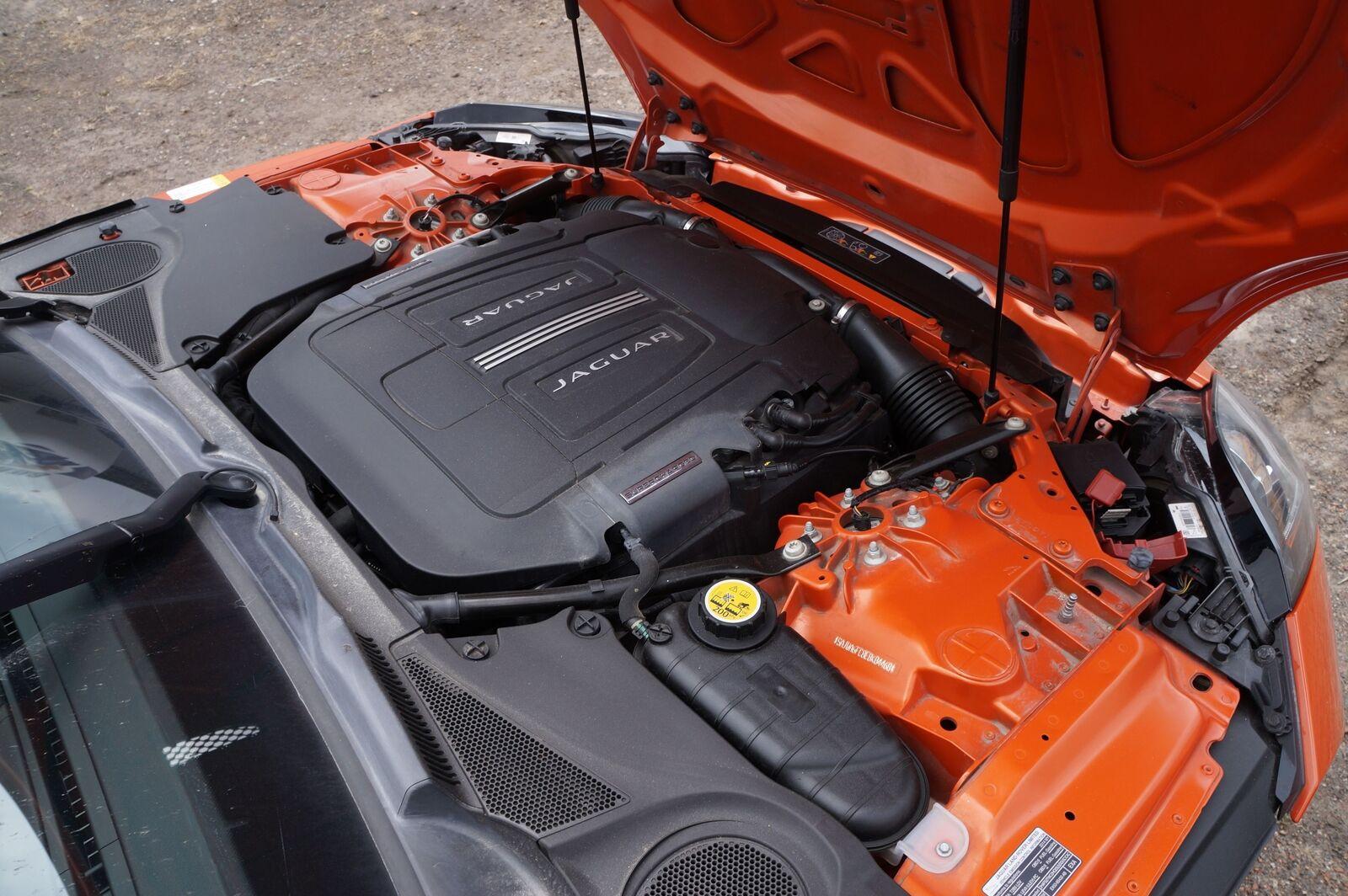 Engine Coolant Water Pump C2Z31587 OEM Jaguar ...