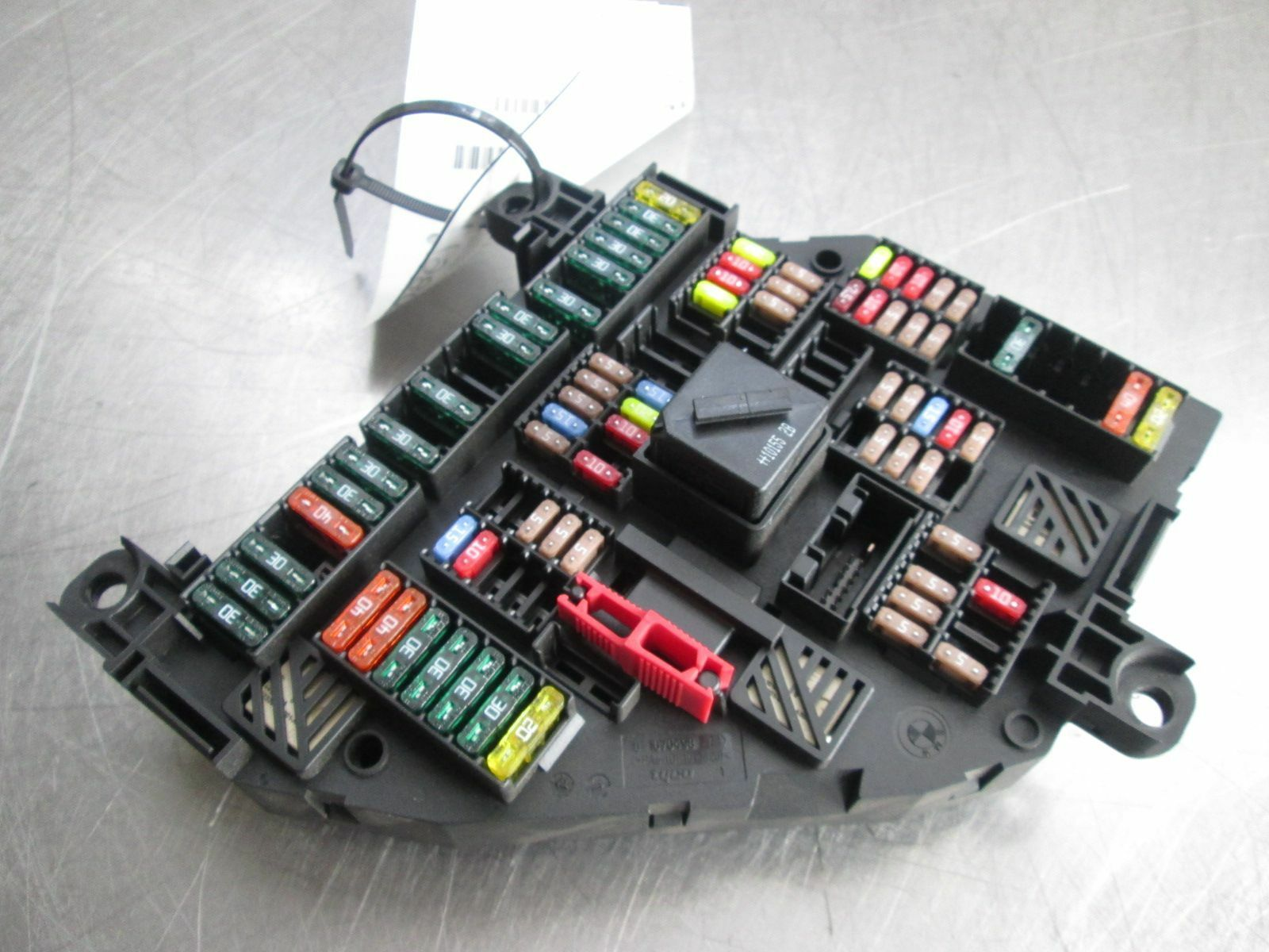 Rear Trunk Power Distribution Fuse Box 61149210857 BMW ...