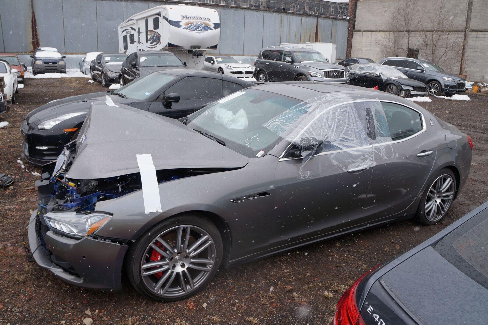 Remote Passive Entry Control Module ECU 670008070 OEM Maserati ...