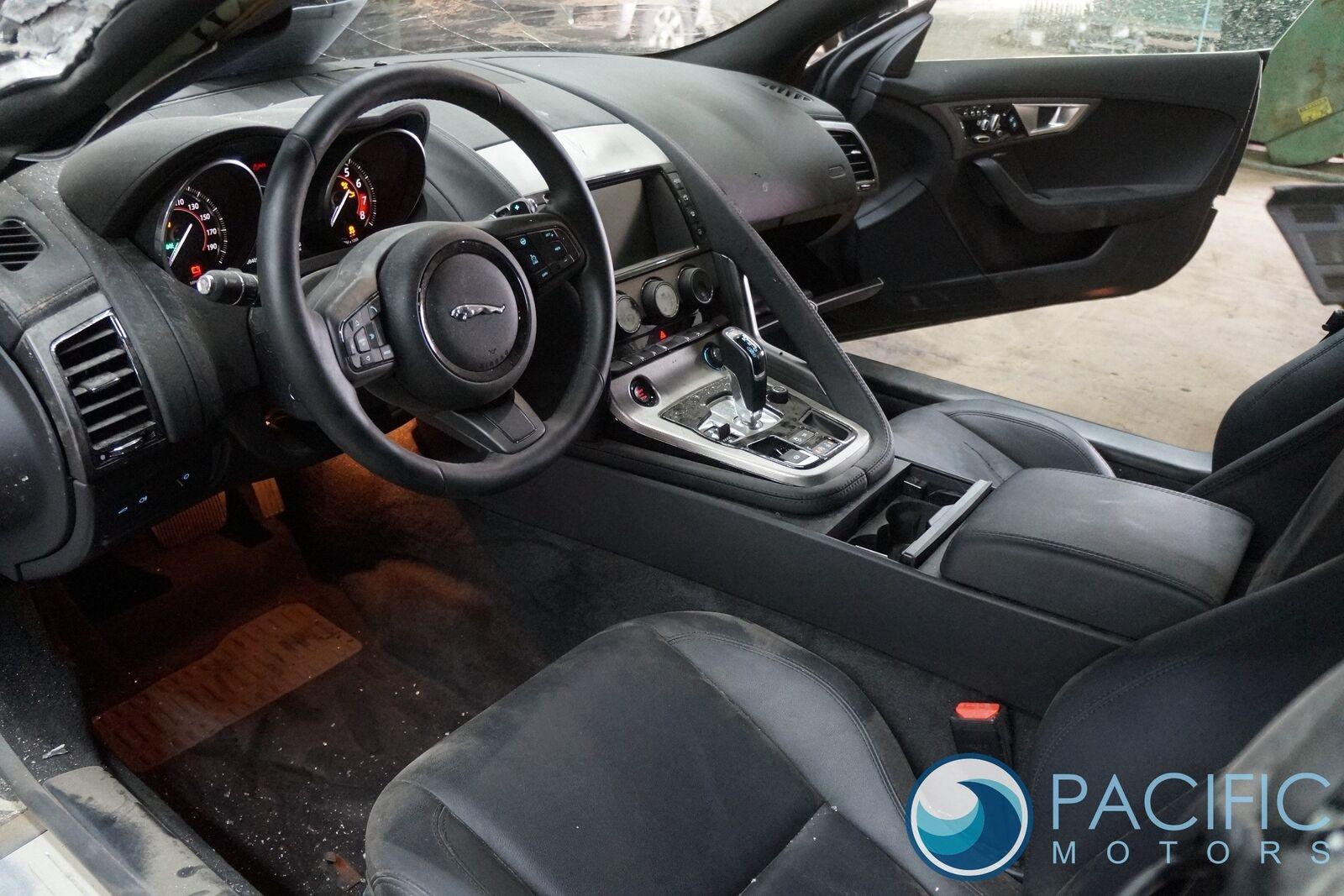 Engine Bay Compartment Fuse Box Block C2d23644 Jaguar F Type 2014 17 Types Of Car Boxes