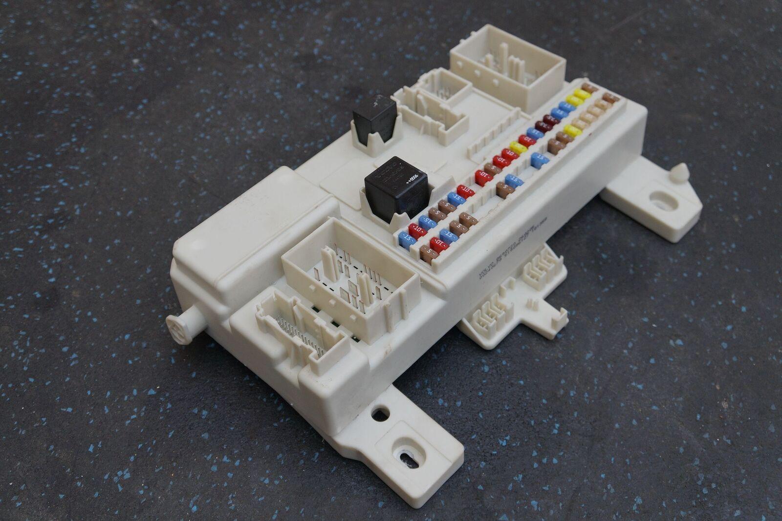 Cabin Distribution Fuse Box Body Control Modul 4G43 14C272 AH Aston Martin DB9 283020802329?fit=1600%2C1067&ssl=1 cabin distribution fuse box body control modul 4g43 14c272 ah aston