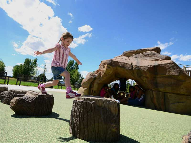 playground-climbing-Boulders