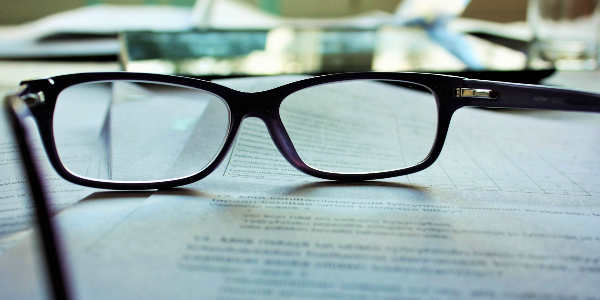 Glasses to showcase myopia