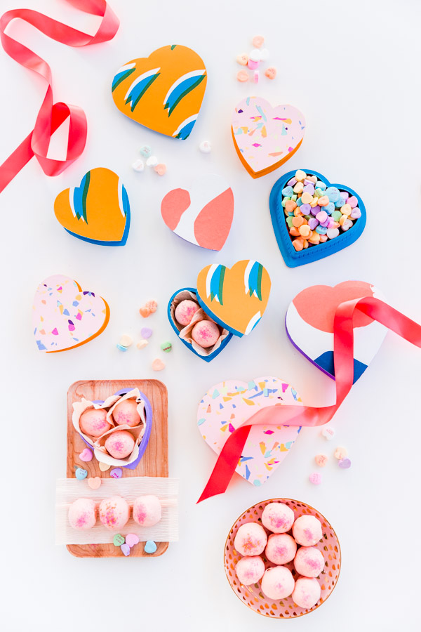 heart-shaped-candy-boxes-in-colorful-patterns-1