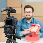 Packaging design for unboxing videos