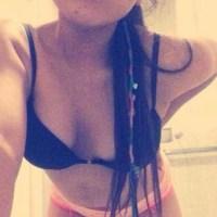 Pack De Frida Lara Jovencita En Ropa Interior Enseñando Sus Tetas Completamente Desnuda