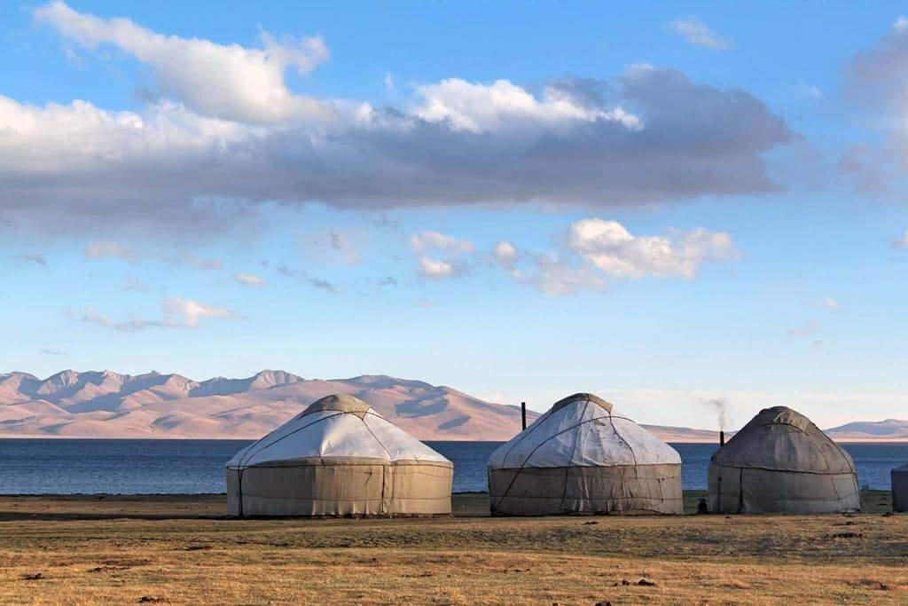 Yourtes Kirghizistan